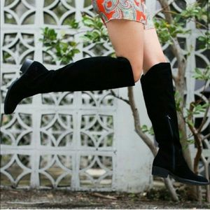 Born Borda over-the-knee black suede boots